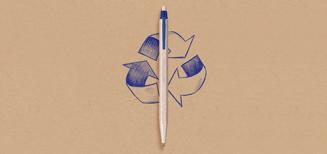 Un stylo fabriqué à partir de copeaux de bois issus de la fabrication des crayons Caran d'Ache