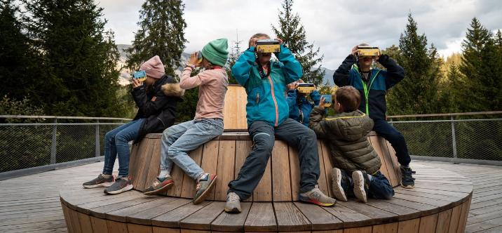 OPPO soutient l'expérience de réalité augmentée pour les enfants sur le chemin des cimes