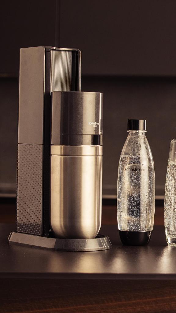 """SodaStream lance la """"DUO"""", une nouvelle génération de machine à gazéifier l'eau"""